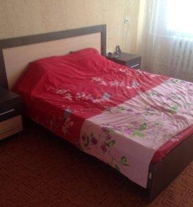 Кровать+2 тумбочки+шкаф