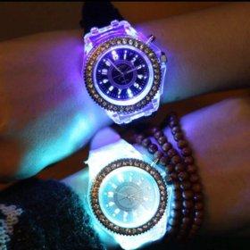 Новые часы с подсветкой