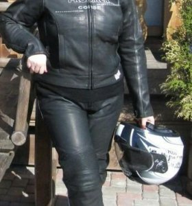 Кожаная Мото куртка женская