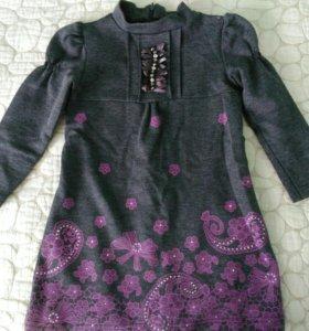 Платье на 2-3 г