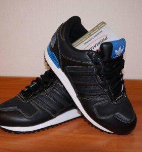 Утепленные кроссовки ZX 700 Leather унисекс