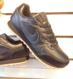 Кроссовки мужские Nike