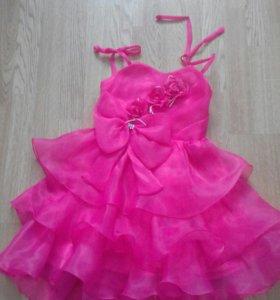 Нарядное платье 5л