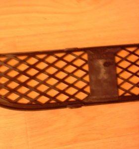 51117135563 Решетка в бампер левая BMW После 2005