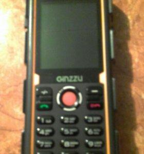 Телефон     Ginzzu R2D