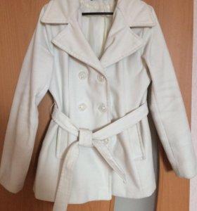 Пальто, куртка.