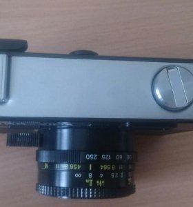 Продам 2 фотоаппарата. Идеальное состояние.