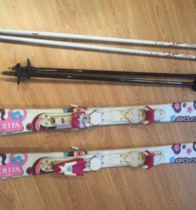 Комплект горные лыжи , палки и ботинки для девочки