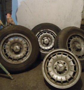 Оригинальные литые диски на Mercedes
