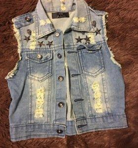 Новый джинсовый жилет