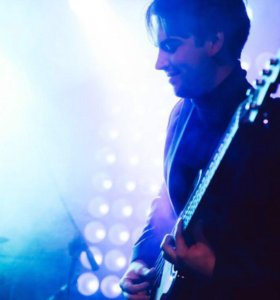 Занятия по бас гитаре