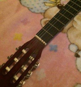 Гитара HOHNER 02