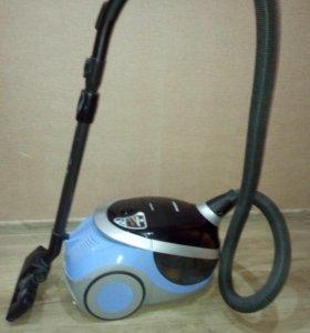 Пылесос Samsung с аквафильтром