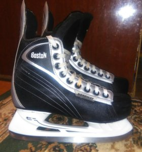 Коньки хоккейные р.39