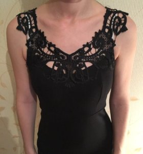 Идеальное чёрное платье