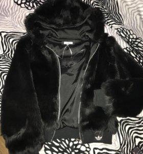 Меховая куртка adidas