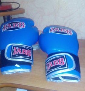 Боксёрские перчатки JABB