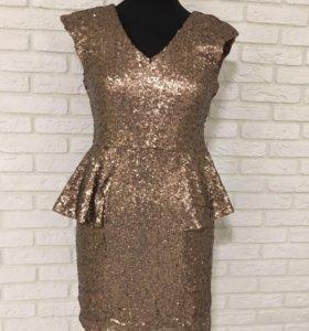 Коктейльное платье в пайетках б/у
