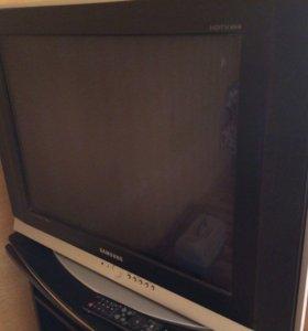 Телевизор Самсунг слим