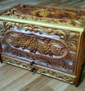 Хлебница (шкатулка) деревянная