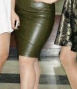Костюм кожаная юбка и топ