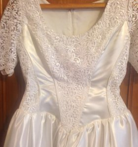 Элегантное свадебное платье р 44-48
