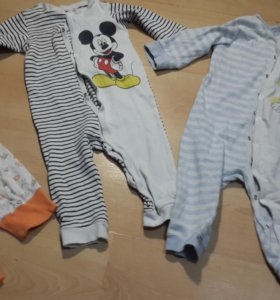 Детские пижамы-комбинезоны+ штанишки. Цена за все