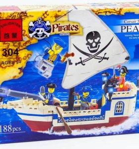 """Конструктор лего """"Пиратский корабль"""" 188 деталей"""