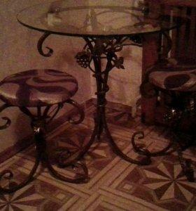 Кованый кофейный столик