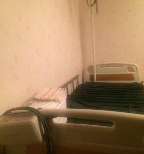 Медицинская кровать + матрац от пролежней