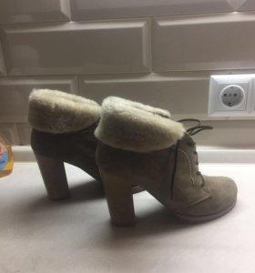 Ботинки зимние .Натуральная замша /натуральный мех