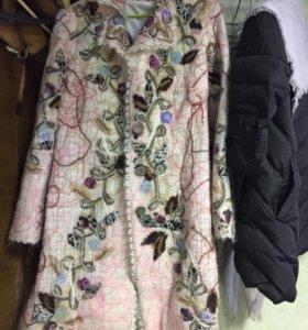 Дизайнерское пальто из шерсти