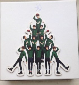 """Альбом exo """" miracles in December"""""""