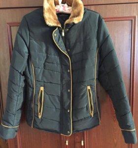 Продам женскую куртку весна осень