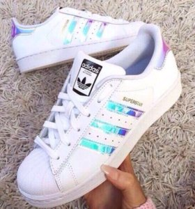 Кроссовки Adidas superstar