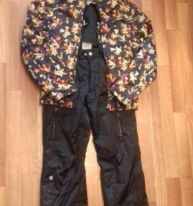 Горнолыжная куртка и полукомбез