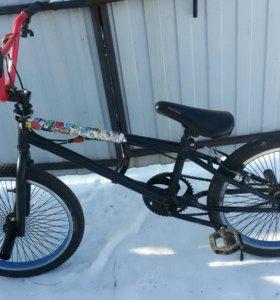 Продам BMX-черный