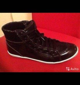 Новая обувь 37-38