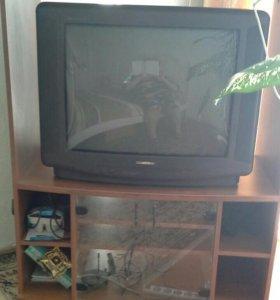 Тумба под  телевизор с телевизором