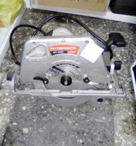 Пила циркулярная Интерскол ДП-2000