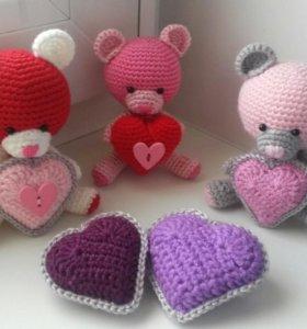 Медвежата-валентинки