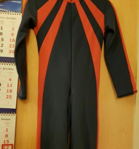костюм для фигурного катания на 4-5 лет