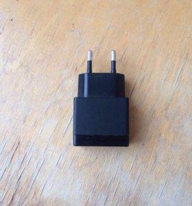 Оригинальное зарядное устройство Sony EP880