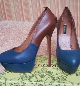 Туфли новые Gerzedo 35 размер