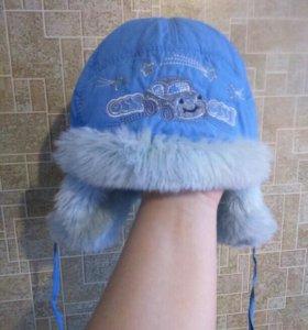 Продаётся зимняя шапка на 1-1,5 и старше