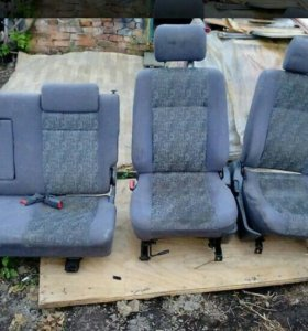 Продам комплект сидений