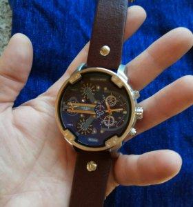Стильные часы Diesel Brave