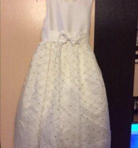 Платье нарядное белое 122-128