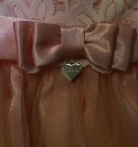 Нарядное платье для девочки на годик