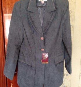 Продаю  новые пиджаки разных цветов и размеров